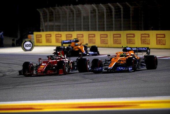 McLaren liefert sich 2021 ein enges Duell mit Ferrari - auf hohem Niveau - Foto: LAT Images