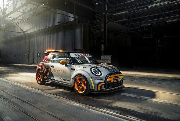 Es ist ein Mini! So sieht das neue Safety Car der Formel E aus - Foto: BMW