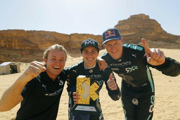 Teamchef Nico Rosberg gewinnt Extreme-E-Auftakt mit den Fahrern Molly Taylor und Johan Kristoffersson. - Foto: LAT Images