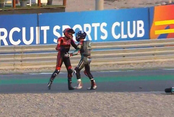 McPhee und Alcoba lieferten sich einen Kampf - Foto: MotoGP.com/Screenshot