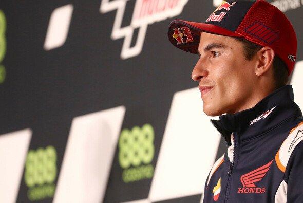 Marc Marquez in der Pressekonferenz vor dem Portugal-GP - Foto: LAT Images