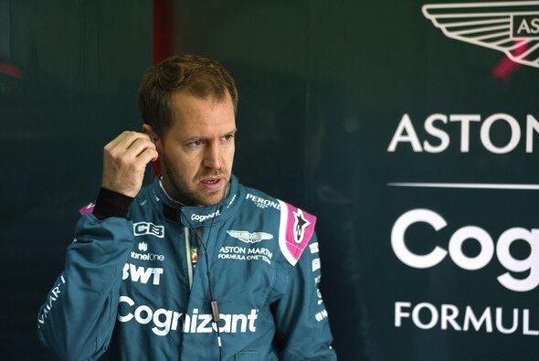 Sebastian Vettel zog im teaminternen Duell auch in Imola klar den Kürzeren - Foto: LAT Images