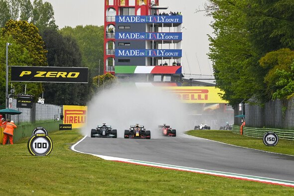 Imola sorgte in der Formel 1 für Freude über gute Zahlen - Foto: LAT Images
