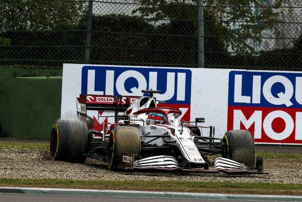 Kimi Räikkönen bekommt seine Punkte aus Imola nicht zurück - Foto: LAT Images