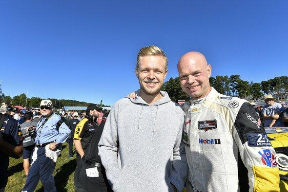 Vater-Sohn-Gespann bei den 24h Le Mans 2021: Jan und Kevin Magnussen - Foto: LAT Images