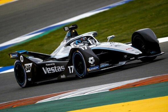 Nyck de Vries hat das Rennen in Valencia gewonnen - Foto: LAT Images