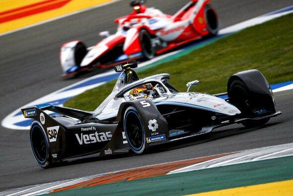Stoffel Vandoorne erzielte seine zweite Pole in der Formel-E-Saison 2021 - Foto: LAT Images