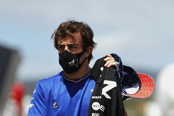 Fernando Alonso verspicht, seine volle Leistungsfähigkeit schon bald abrufen zu können - Foto: LAT Images