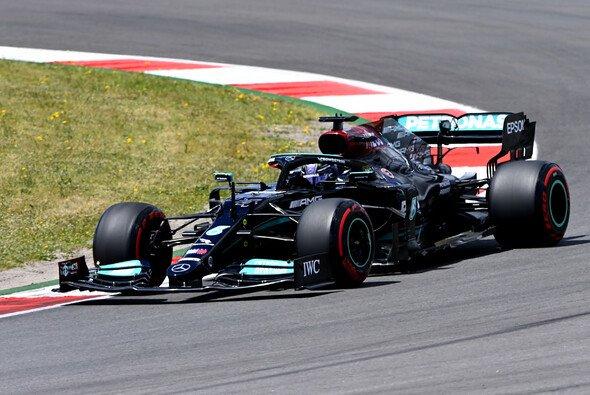 Mercedes und Lewis Hamilton beenden den Trainings-Tag an der F1-Spitze - Foto: LAT Images