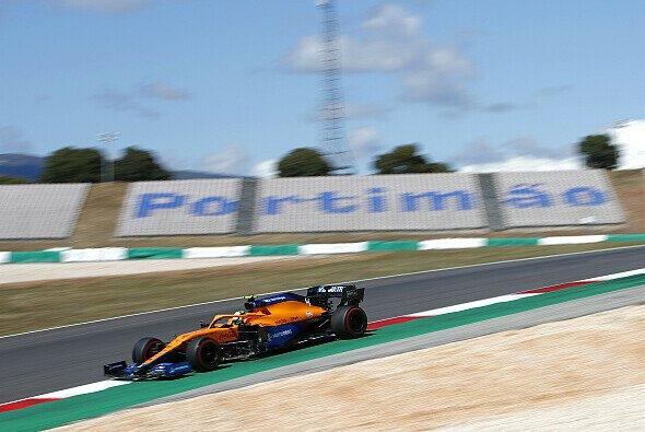 Lando Norris sieht noch viele Schwachstellen bei McLaren - Foto: LAT Images