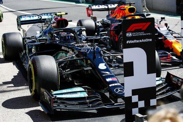 Kann Mercedes heute die erste Startreihe in Portugal verteidigen? - Foto: LAT Images