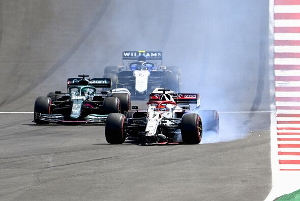 Kimi Räikkönens Rennen in Portugal endete bereits nach einer Runde - Foto: LAT Images