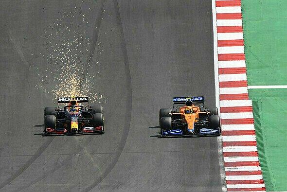 Sergio Perez und Lando Norris duellierten sich in der Startphase - Foto: LAT Images