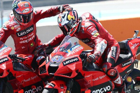 Das will Ducati öfter sehen: Bagnaia und Miller beim Doppelsieg in Jerez - Foto: LAT Images