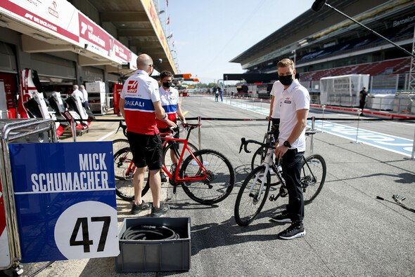 Mick Schumacher heute bei der Formel 1 in Barcelona - Foto: LAT Images
