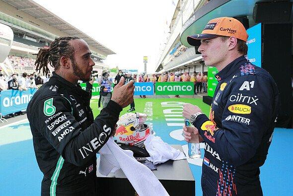 In Ungarn kommt es zur ersten direkten Konfrontation zwischen Lewis Hamilton und Max Verstappen nach dem Crash-Drama von Silverstone - Foto: LAT Images