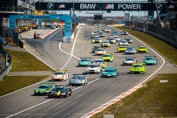 Termine für 24h-Rennen Nürburgring 2022 und 2023 geändert - Foto: Felix Maurer
