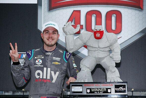 Alex Bowman gewinnt das 13. Rennen der Regular Season auf dem Dover International Speedway - Foto: NASCAR