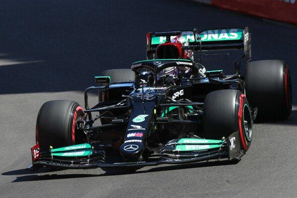 Lewis Hamilton kam in Monaco mit dem Mercedes- - Foto: LAT Images