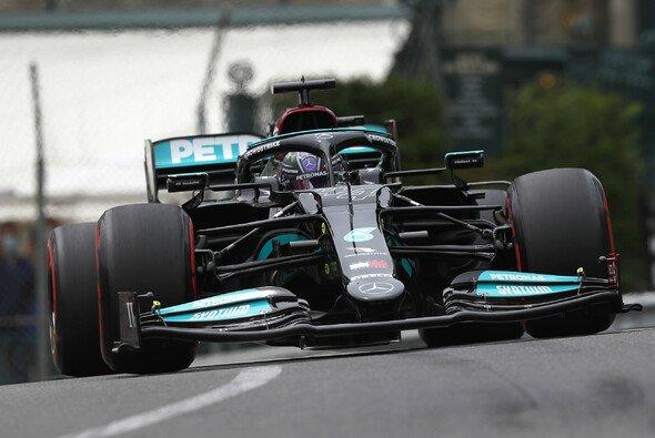 Für Lewis Hamilton und Mercedes wurde das Qualifying in Monaco ein Debakel - Foto: LAT Images
