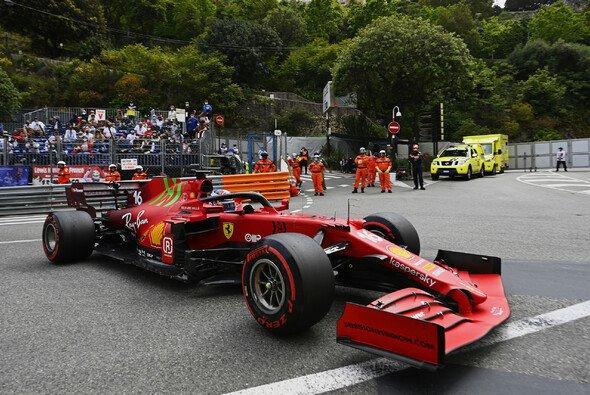 Ferrari-Pilot Charles Leclerc verunfallte im Qualifying der Formel 1 in Monaco nach seiner Bestzeit - Foto: LAT Images