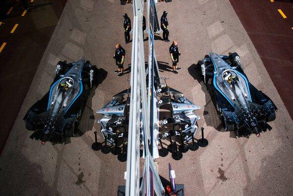 Mercedes steigt nach 2022 zum Ende der Saison 8 aus der Formel E aus - Foto: LAT Images