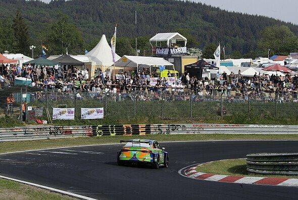 Das 24h-Rennen Nürburgring ist unter normalen Umständen ein Zuschauer-Magnet - Foto: Audi Communications Motorsport