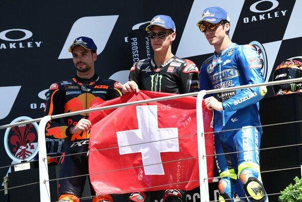 Die MotoGP-Fahrer waren in Gedanken beim verstorbenen Jason Dupasquier - Foto: LAT Images