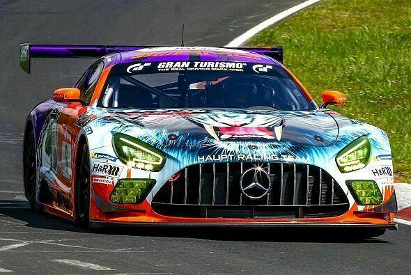 Mercedes startet mit der Bestzeit ins 24h-Nürburgring-Wochenende - Foto: HRT