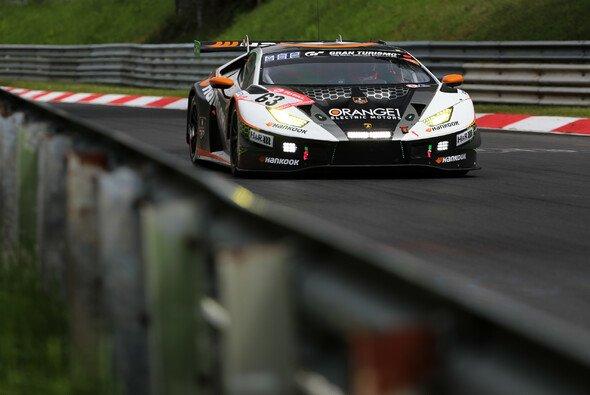 Mirko Bortolotti sicherte Lamborghini im Nacht-Qualifying für das 24h-Rennen die Bestzeit - Foto: Gruppe C GmbH