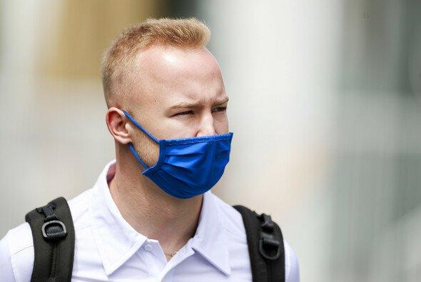 Nikita Mazepin hat sich für sein Manöver gegen Mick Schumacher entschuldigt - Foto: LAT Images