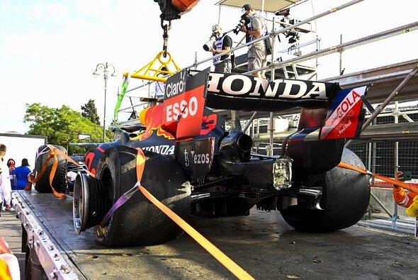 McLaren wünscht sich mehr Hintergründe zu den Reifenschäden von Max Verstappen und Lance Stroll in Baku - Foto: LAT Images