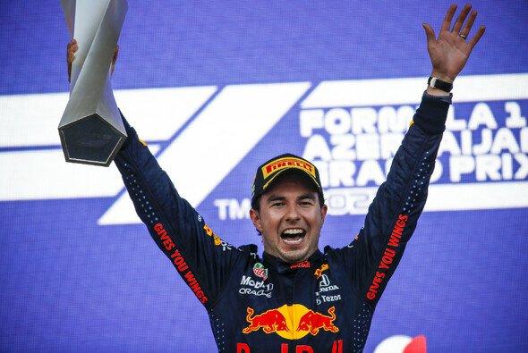 In Baku feierte Perez bereits seinen ersten Sieg für Red Bull Racing - Foto: LAT Images