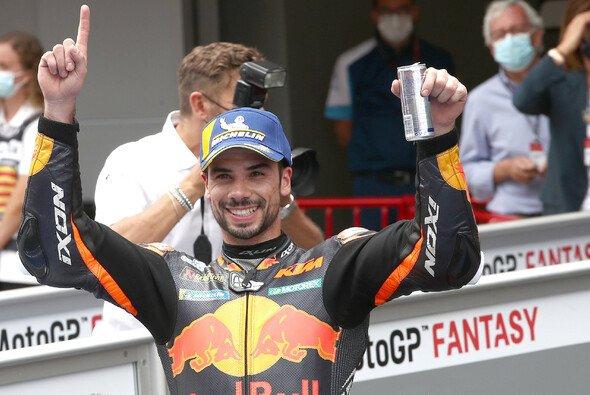Miguel Oliveira steht zum zweiten Mal in Folge auf dem Podest - Foto: LAT Images