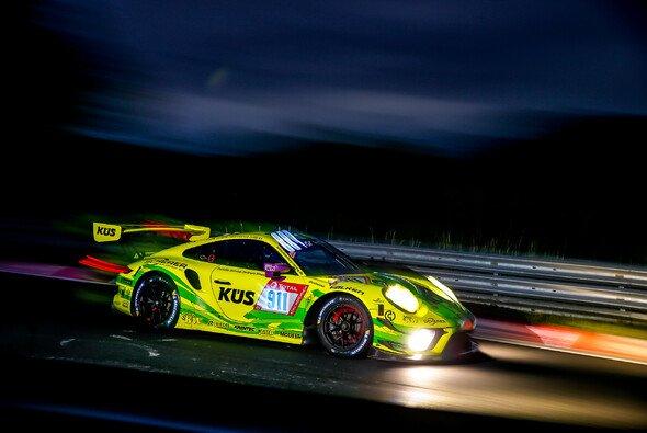 Porsche-Team Manthey gewinnt die 24h Nürburgring ohne Teammitglied Lars Kern - Foto: Porsche AG