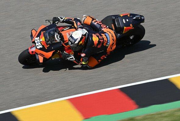 Katalonien-Sieger Miguel Oliveira legt am Sachsenring vor. - Foto: LAT Images