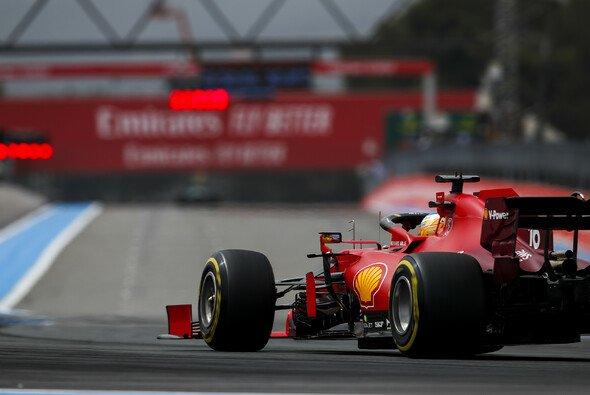 Ferrari blieb in Frankreich nicht nur ohne Punkte, sondern erlebte ein regelrechtes Debakel - Foto: LAT Images
