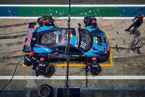 Analyse: So gelangen AF Corse die überragenden Boxenstopps - Foto: Red Bull Content Pool