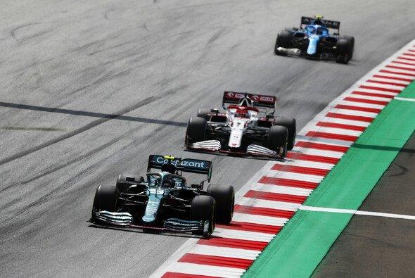 Sebastian Vettel war mit seinem Aston Martin beim Formel-1-Rennen in Österreich auf verlorenem Posten - Foto: LAT Images