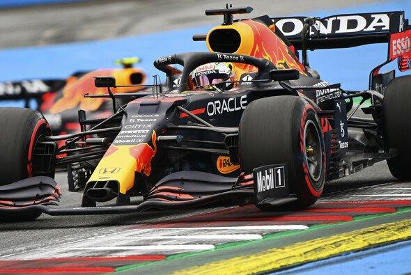 Max Verstappen dominiert im 3. Freien Training zum Österreich GP - Foto: LAT Images