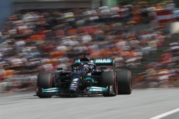 Mercedes und Lewis Hamilton stehen unter Zugzwang - Foto: LAT Images