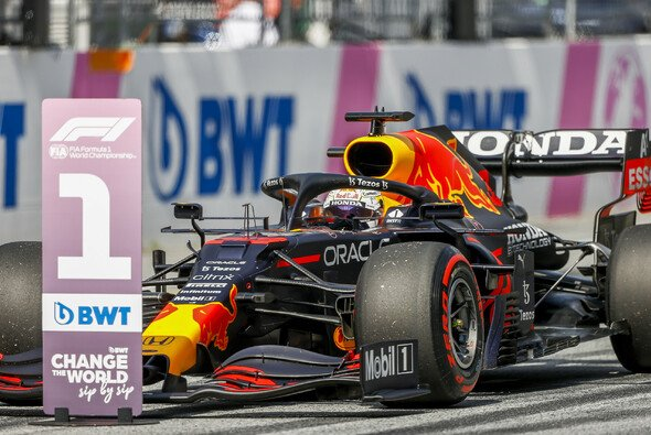 Hat Max Verstappen P1 auch heute schon sicher? - Foto: LAT Images