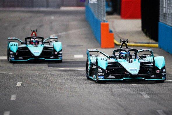 Doppel-Pole für Jaguar beim Sonntags-Qualifying in New York - Foto: LAT Images