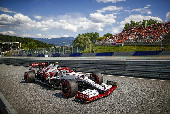 Alfa Romeos Logos bleiben auf Saubers Formel-1-Autos - Foto: LAT Images