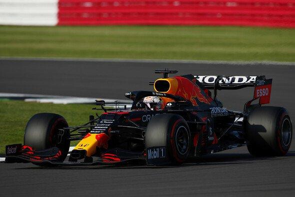 Wagt Max Verstappen heute einen Sprint auf Soft? - Foto: LAT Images