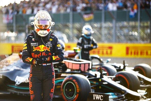 Max Verstappen schimpfte im Qualifying über starkes Untersteuern - Foto: LAT Images