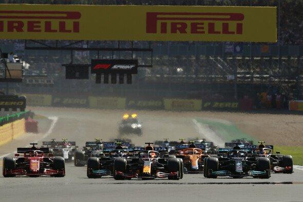 Auf dem historischen Silverstone Circuit trug die Formel 1 den ersten Sprint ihrer Geschichte aus - Foto: LAT Images