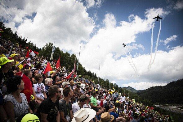 Immer ein Highlight: Die Flying Bulls - Foto: Red Bull Content Bull