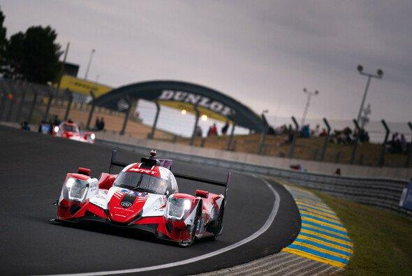 WRT feiert beim 24-Stunden-Rennen von Le Mans den Sieg in der LMP2-Klasse - Foto: LAT Images