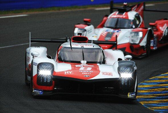 Toyota geht als Favorit in das Rennen am Samstag - Foto: LAT Images